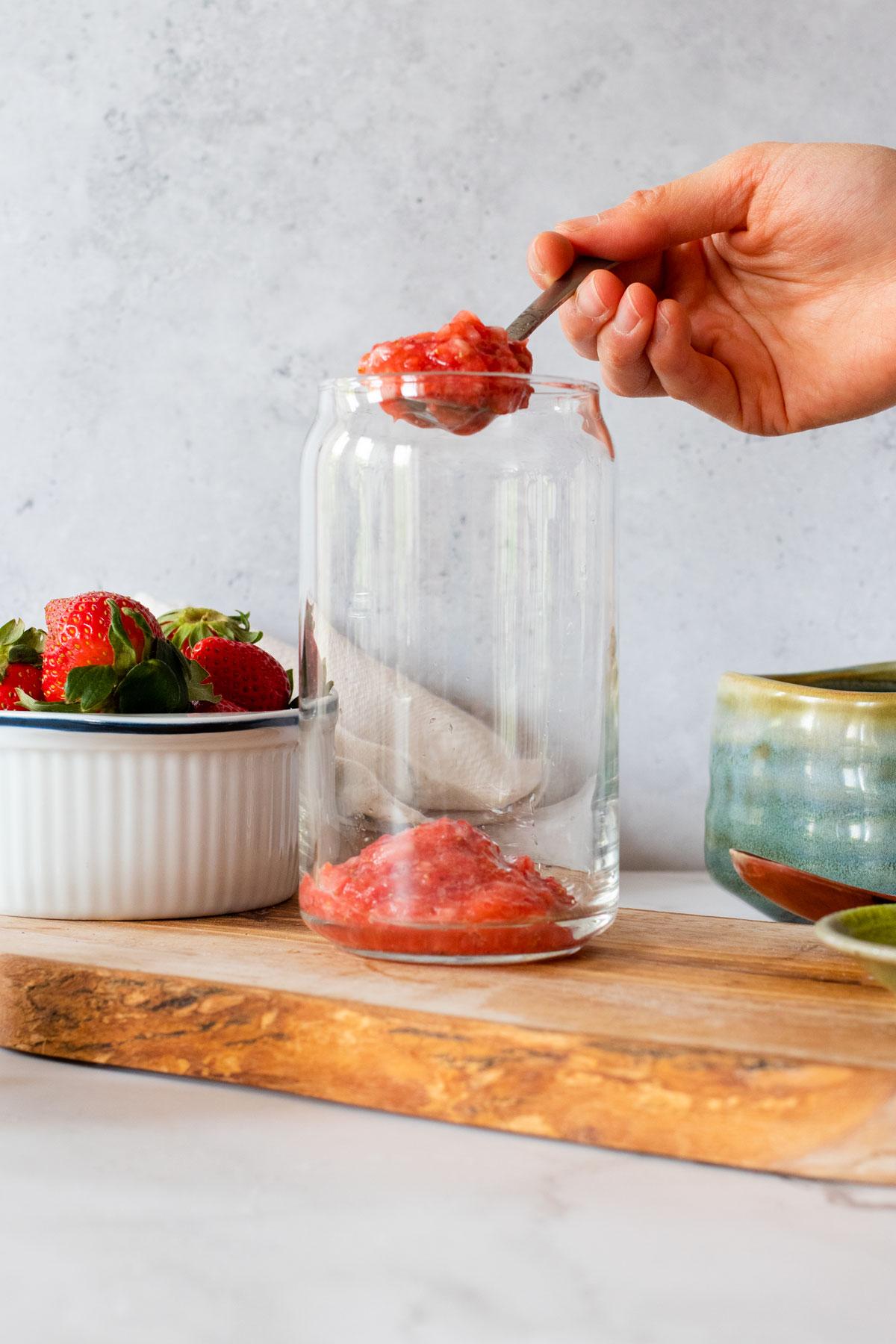 strawberry mix into glass